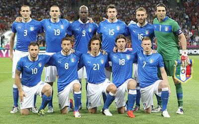 يستدعي 23 لاعباً لخوض بطولة كأس القارات