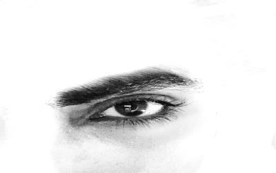 عين من ورق